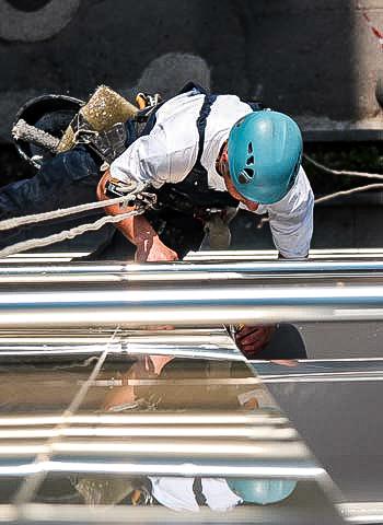 Dresden - Fassadenreparatur durch Industriekletterer